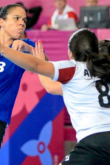 Ciris Garcia breaks Peruvian team's defense at Lima 2019