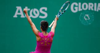 Veronica Cepede from Paraguay celebrating her victory against Brazil at the Lawn Tennis Club
